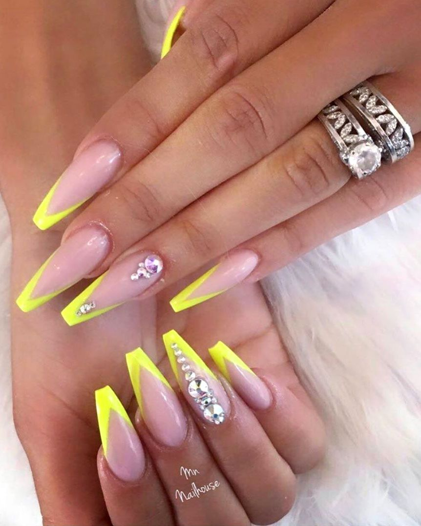 9 Stunning Modern French Manicure Ideas Stylish Belles Coffin Nails Long Coffin Nails Designs Yellow Nails Design