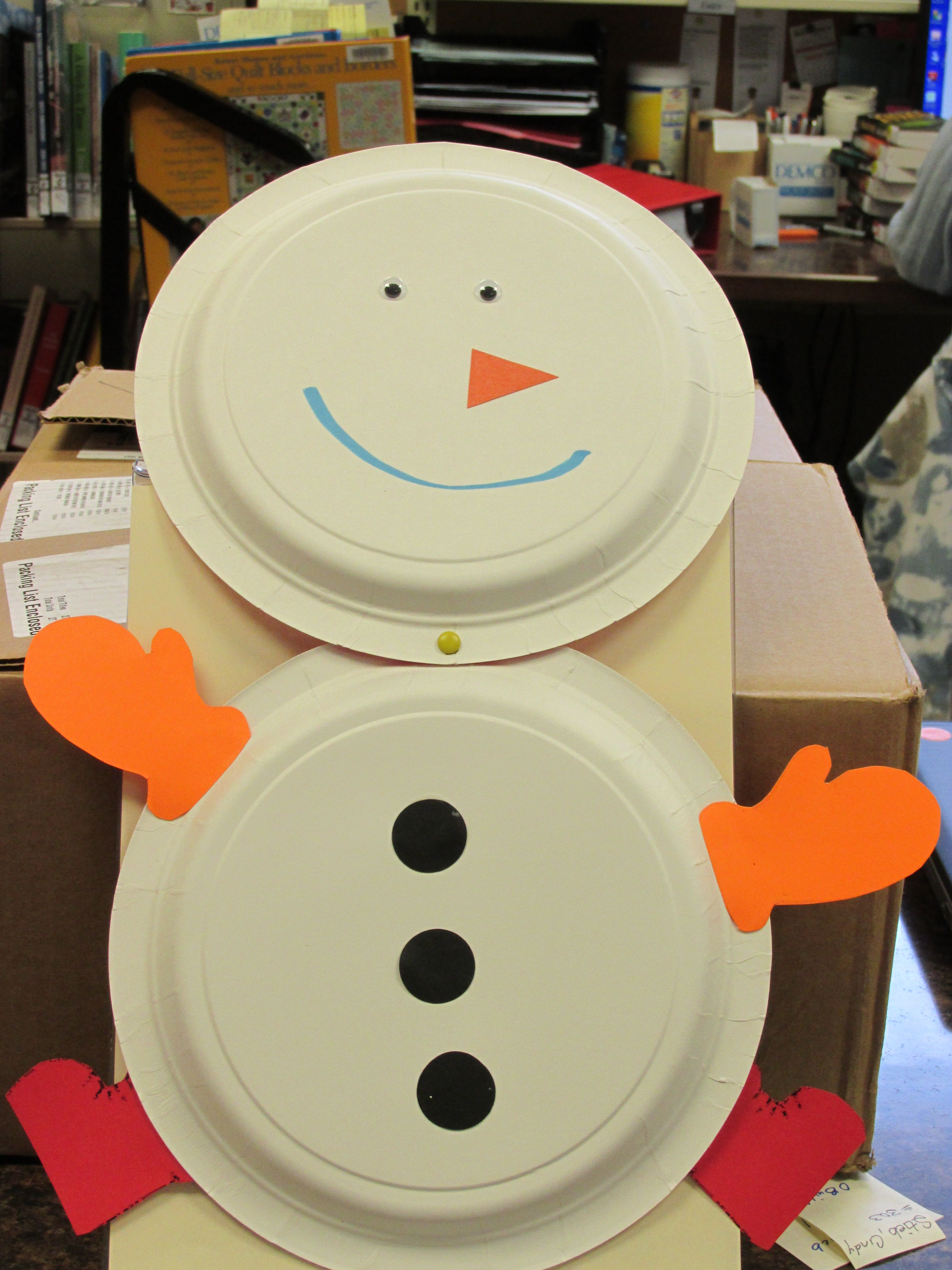 Paper plate snowman made from 2 paper plates and cut out the paper plate snowman made from 2 paper plates and cut out the shapes to use for jeuxipadfo Gallery
