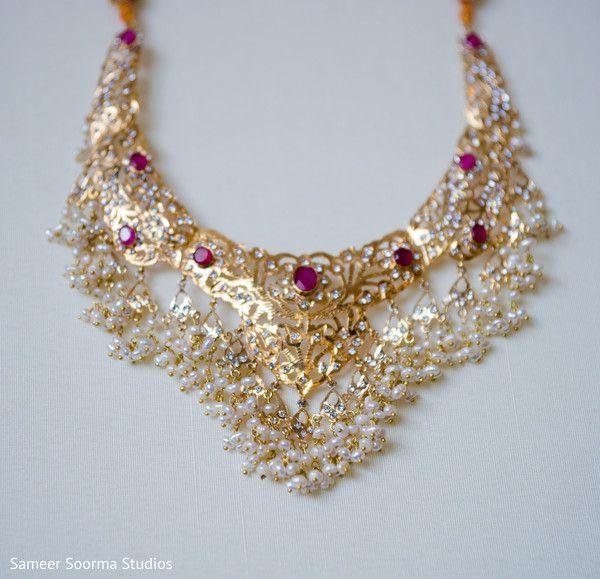 indian bridal jewelry http://www.maharaniweddings.com/gallery/photo/70809
