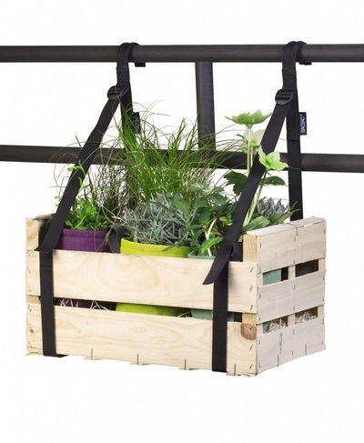 jardini re pot de fleurs pour terrasse ou balcon tr s d co jardini res de balcon planche en. Black Bedroom Furniture Sets. Home Design Ideas