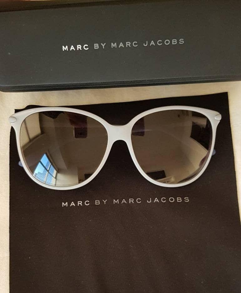 831b7d7c46 Los lentes Marc Jacobs más trendy que debes tener en tu clóset.  ¡Encuéntralos aquí a precio de liquidación!