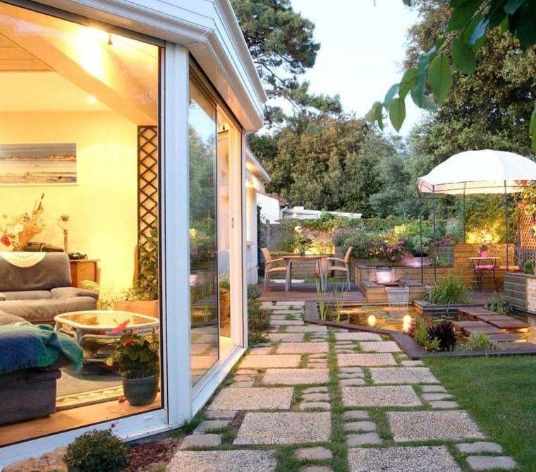 Jard n peque o con dise o moderno jardin pinterest for Disenos jardines pequenos modernos