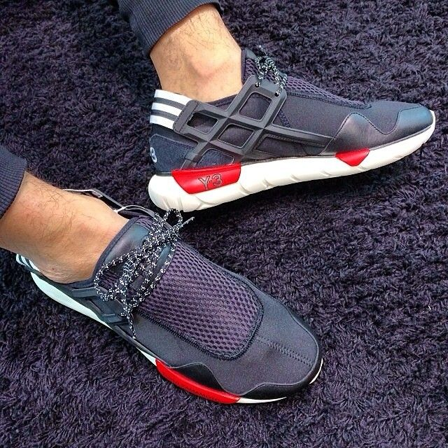 What's on your feet today? #adidas #Y3 #QASA #sneaker #woyft
