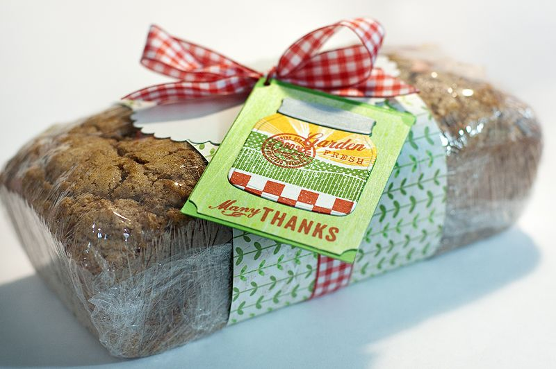 Nice Idea For Wrapping A Loaf Cake Bread Gifts Bread