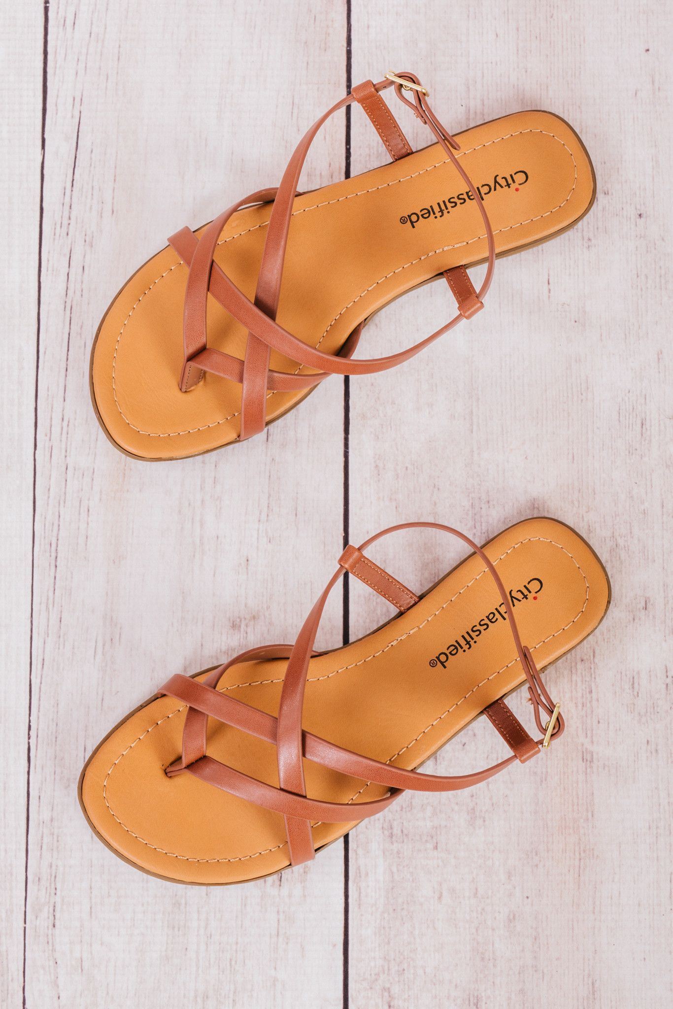 712bdd33720483 Spica Sandals