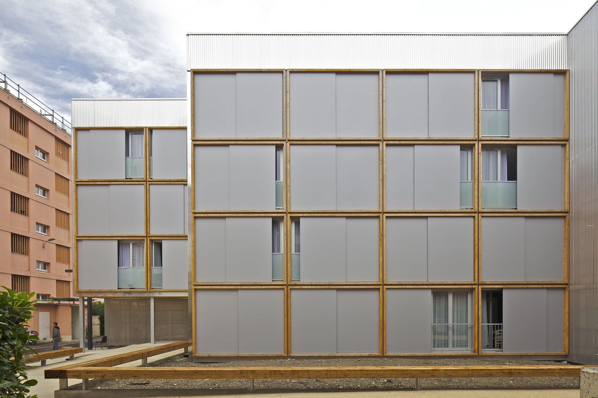 Haus statt Hain Modularer Wohnungsbau in Toulouse