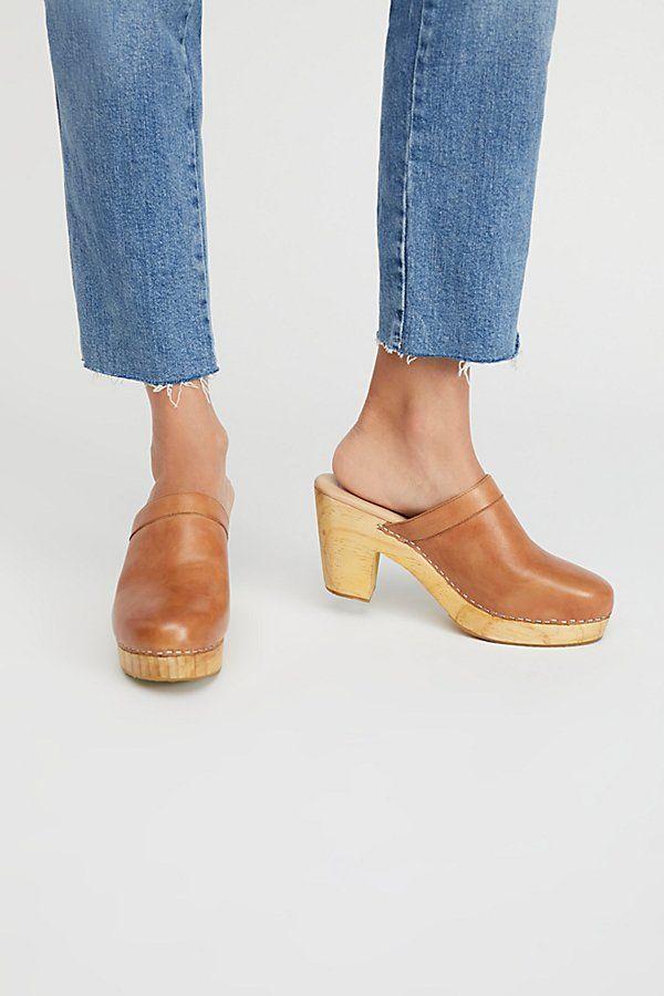 Highland Park Clog -  https://www.freepeople.com/shop/highland-park-clog/?category=golden-hour-lookbook&color=023    Shoes   Pinterest   Clogs, Pretty shoes ...