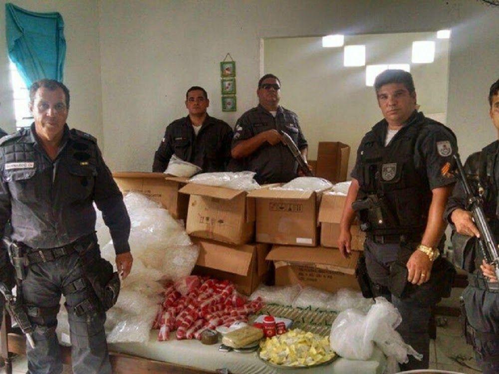 JORNAL O RESUMO - POLÍCIA JORNAL O RESUMO: Perdeu Maluco!!! Polícia Militar detona o tráfico....