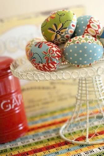 Tutoriales de Patchwork HUEVOS DE PASCUA DE TELA Huevos Decorados - huevos decorados