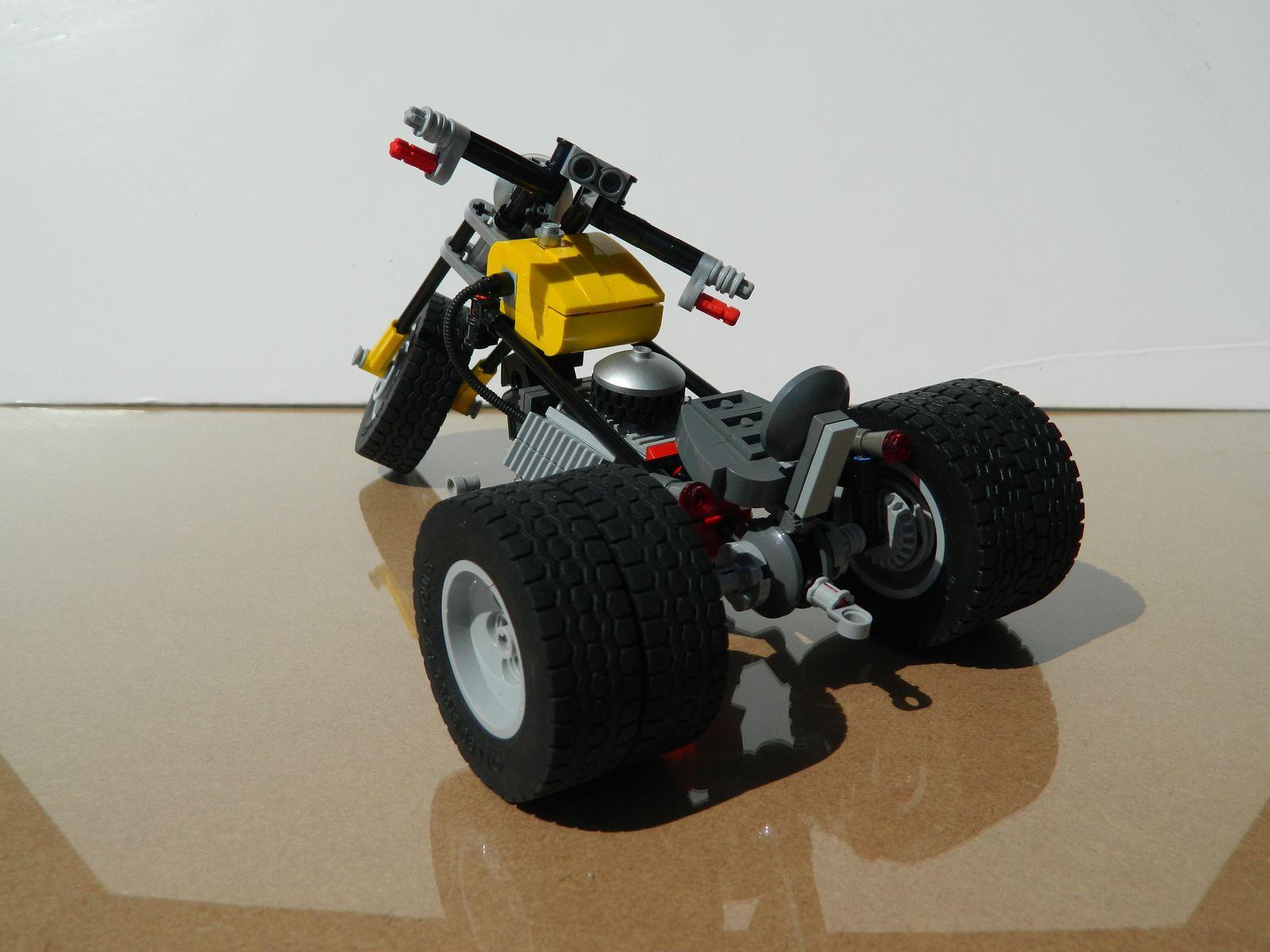 V8 Trike   by J0n4th4n D3rk53n