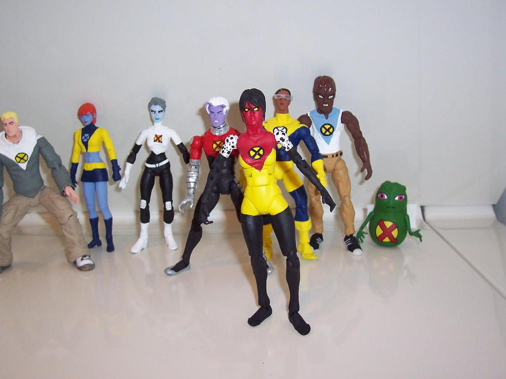 toycutter: Action Figure: X-Statix action figures by Jackknight92