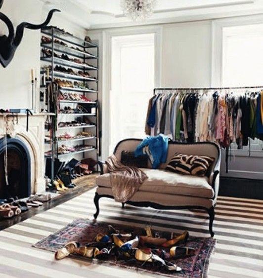 Un sogno nel cassetto homekookoo closet e - Toletta da camera ...