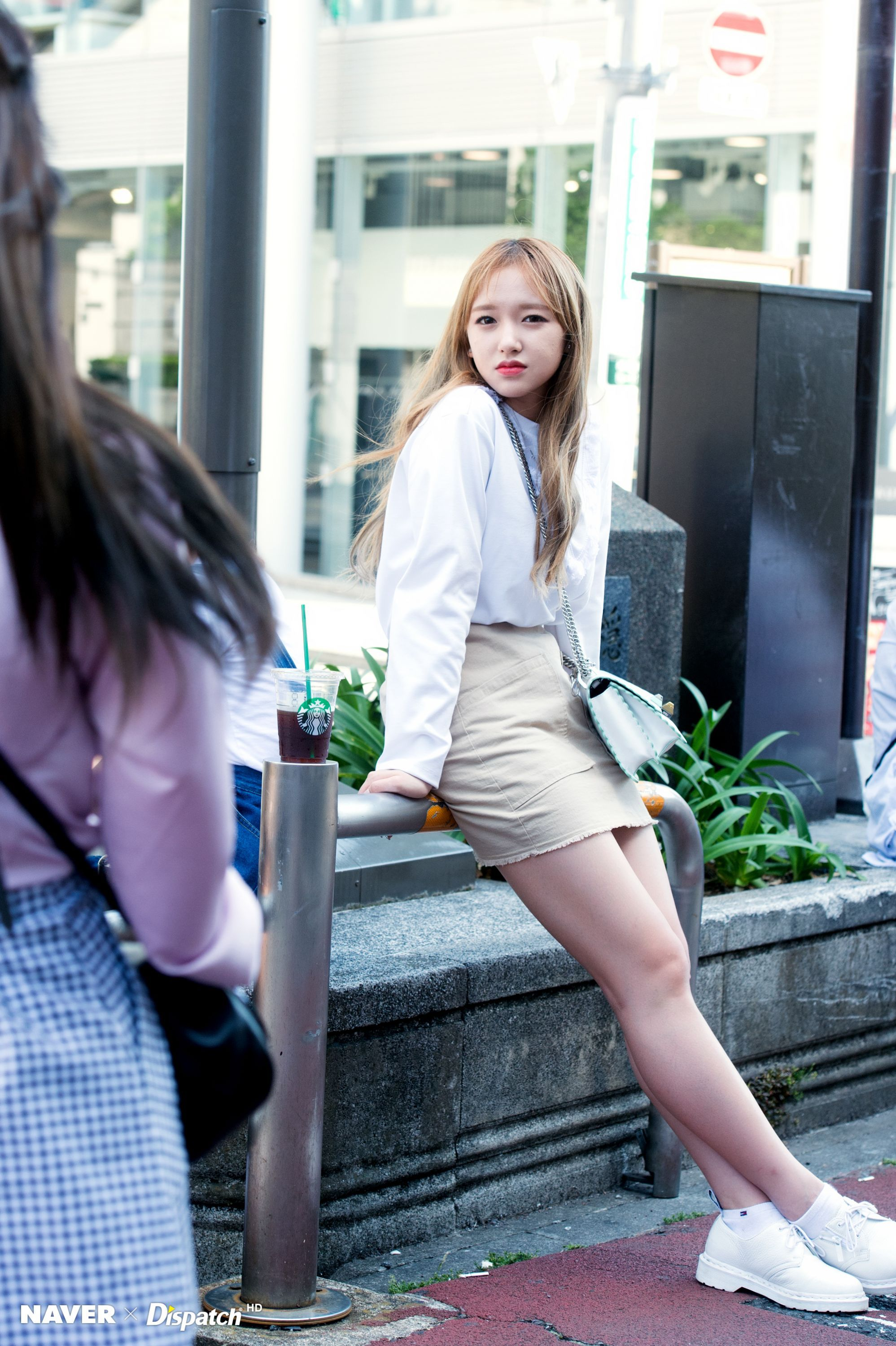 Wjsn Cheng Xiao In Tokyo By Naver X Dispatch Cheng Xiao Cosmic Girls Korean Street Fashion
