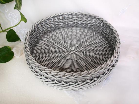 Brilliant Wicker Gray And White Round Tray Storage Ottoman Tray Coffee Bralicious Painted Fabric Chair Ideas Braliciousco