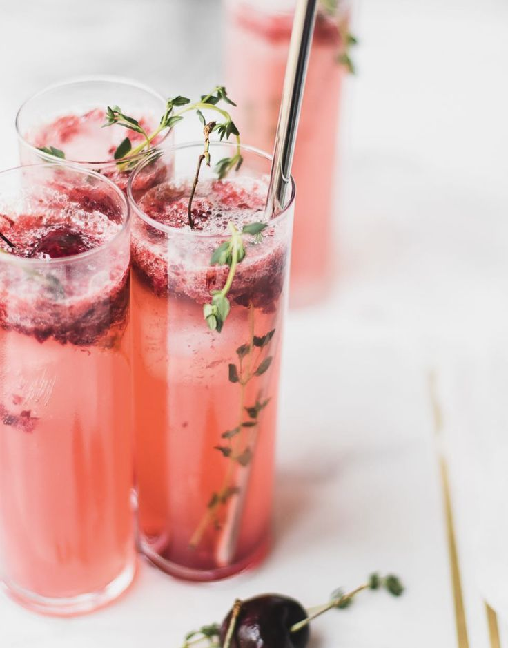 Cherry & Thyme Prosecco Smash #feedfeed #recipe #cocktail #cocktails #drinks #oscars #oscarparty #party #entertaing #cocktaildrinks