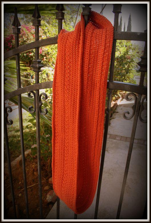 FREE Crochet Pattern: Pumpkin Infinity Scarf   Bufandas infinito ...