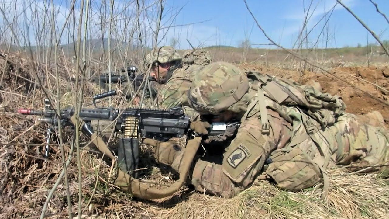 U S Army Paratroopers Assigned 54th Brigade Engineer Battalion