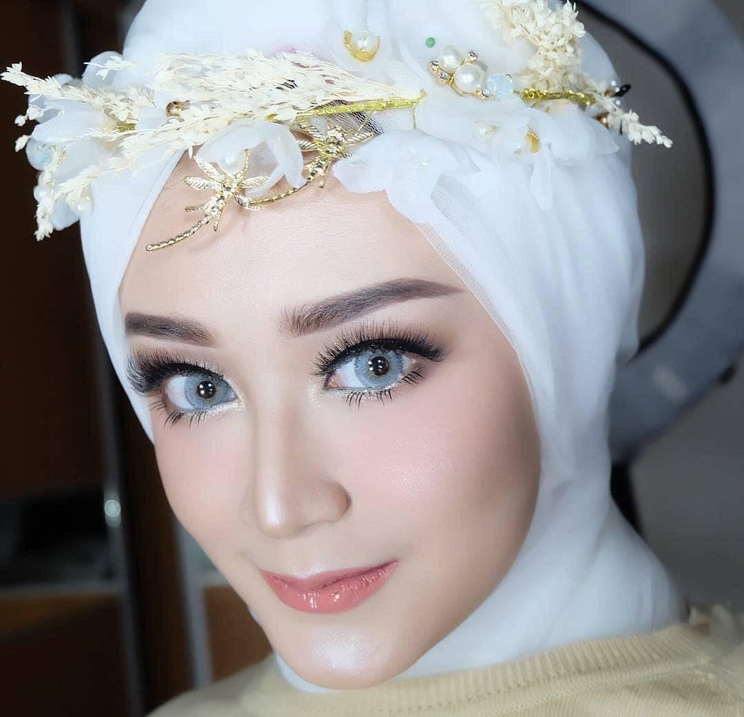 Flawless Make Up From Rizkinude Makeup Pengantin Kuas Makeup Kuas