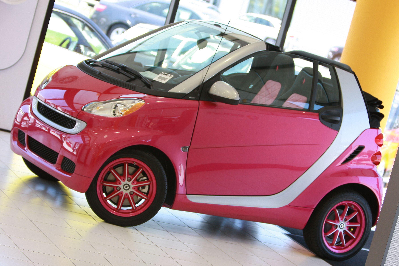 Pink smart car love