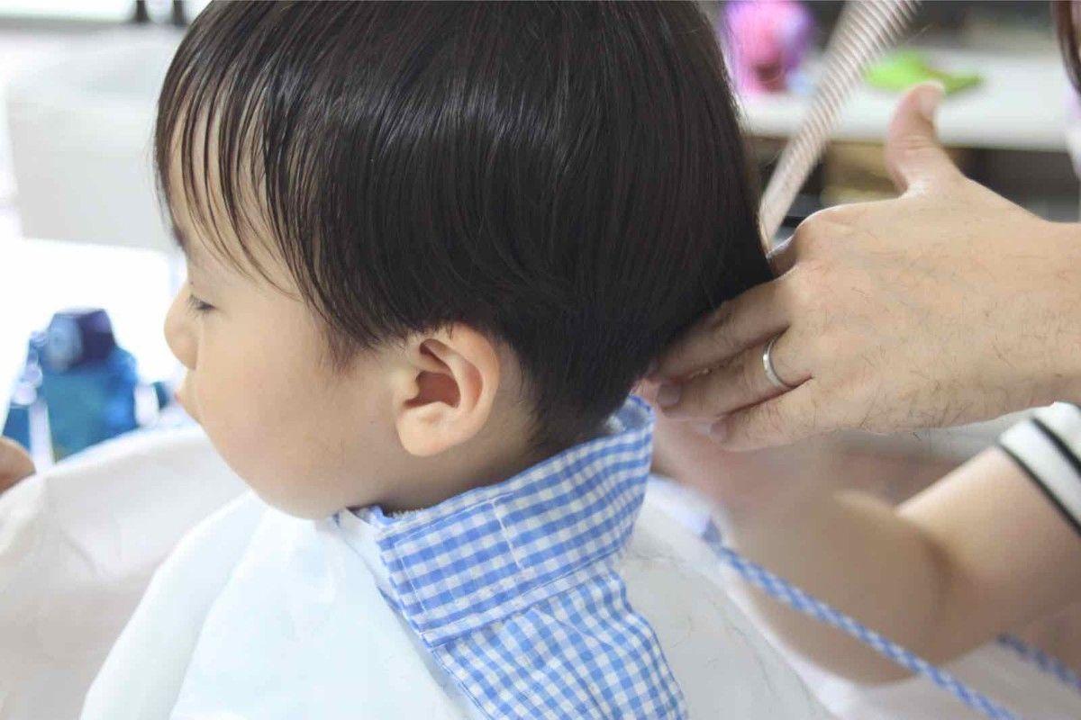 子供のセルフヘアカット 赤ちゃん 幼児の散髪のコツ 赤ちゃん
