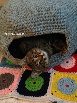 Free Crochet Pattern Marleys Cat Cave Or Bed By Jenni Designs