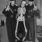 odd-photos-skeleton - All That Is Interesting