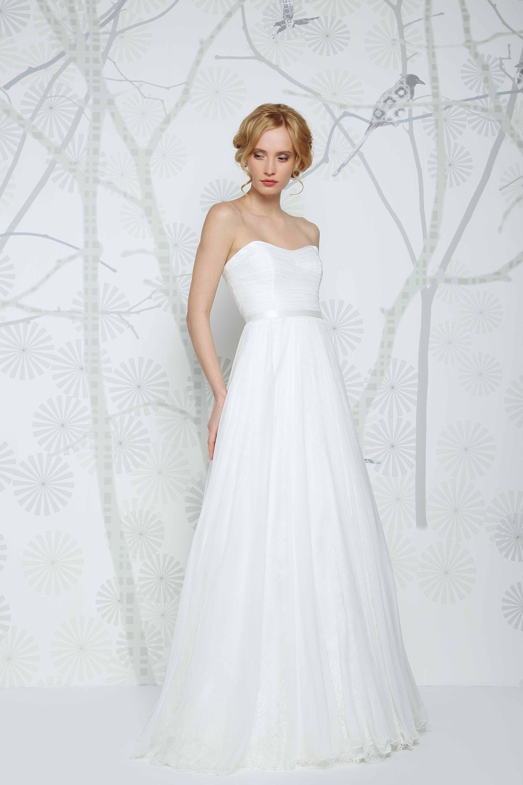 SADONI wedding dress ERIKO B with romantic sweetheart neckline