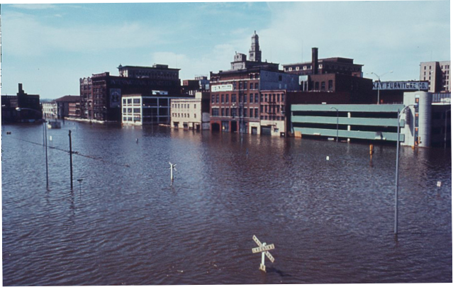 davenport iowa history.com 1965 Mississippi River Flood ...