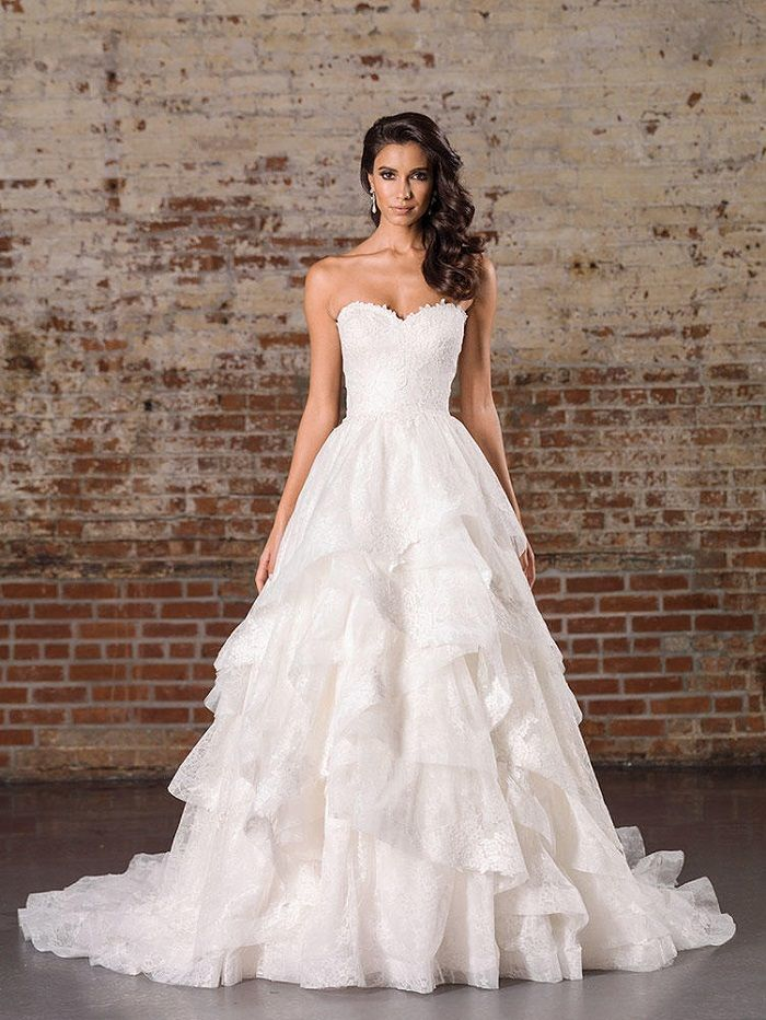 Justin Alexander Signature Spring 2017 Wedding Dresses | Ball Gown with Tiered Skirt | itakeyou.co.uk #weddingdress #weddingdresses #ballgown #wedding #ivoryweddingdress #ivory #bride #bridalgown #justinalexander
