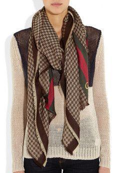627ae3779d561 Gucci scarf