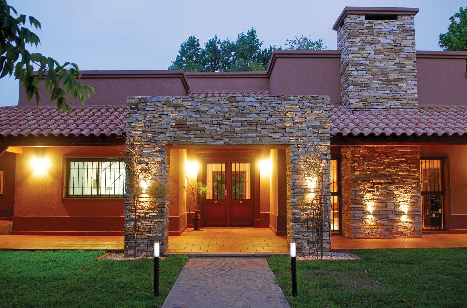 Galeria fotos perretta ocampo arquitectura casa for Casas estilo clasico moderno