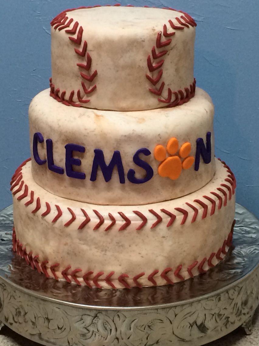 Vintage baseball cake emblazoned with the Clemson logo.   Facebook.com/27cakes