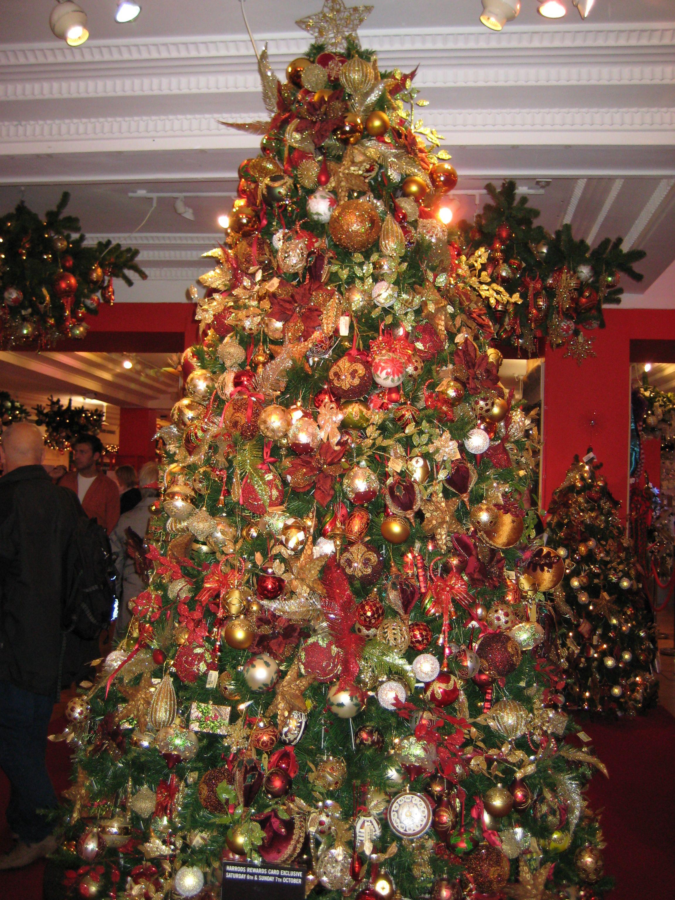 Harrods Tree Christmas Tree Harrods Christmas Christmas Garland