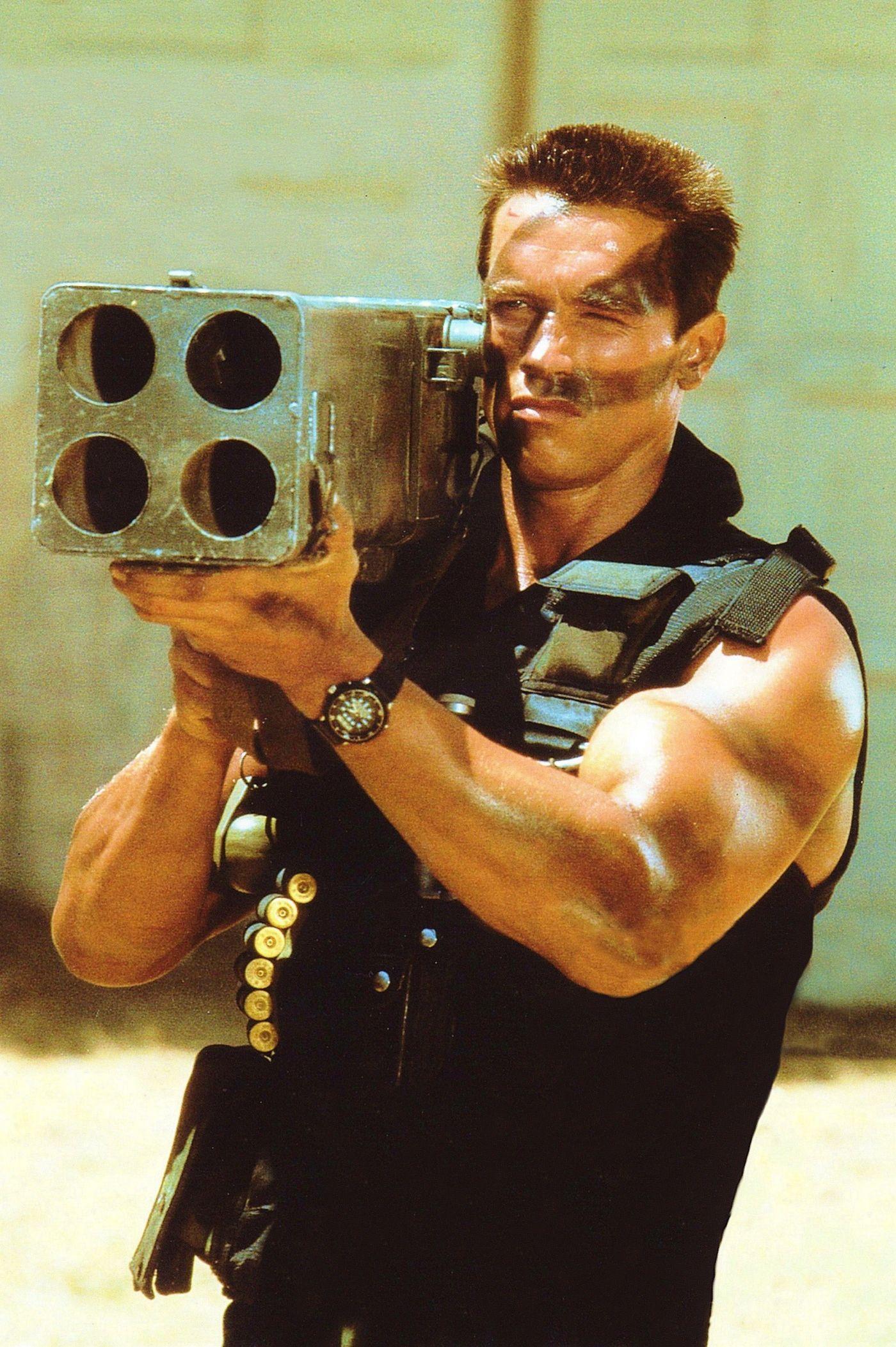 Arnold Schwarzenegger en Commando | Póster de cine, Cine ...