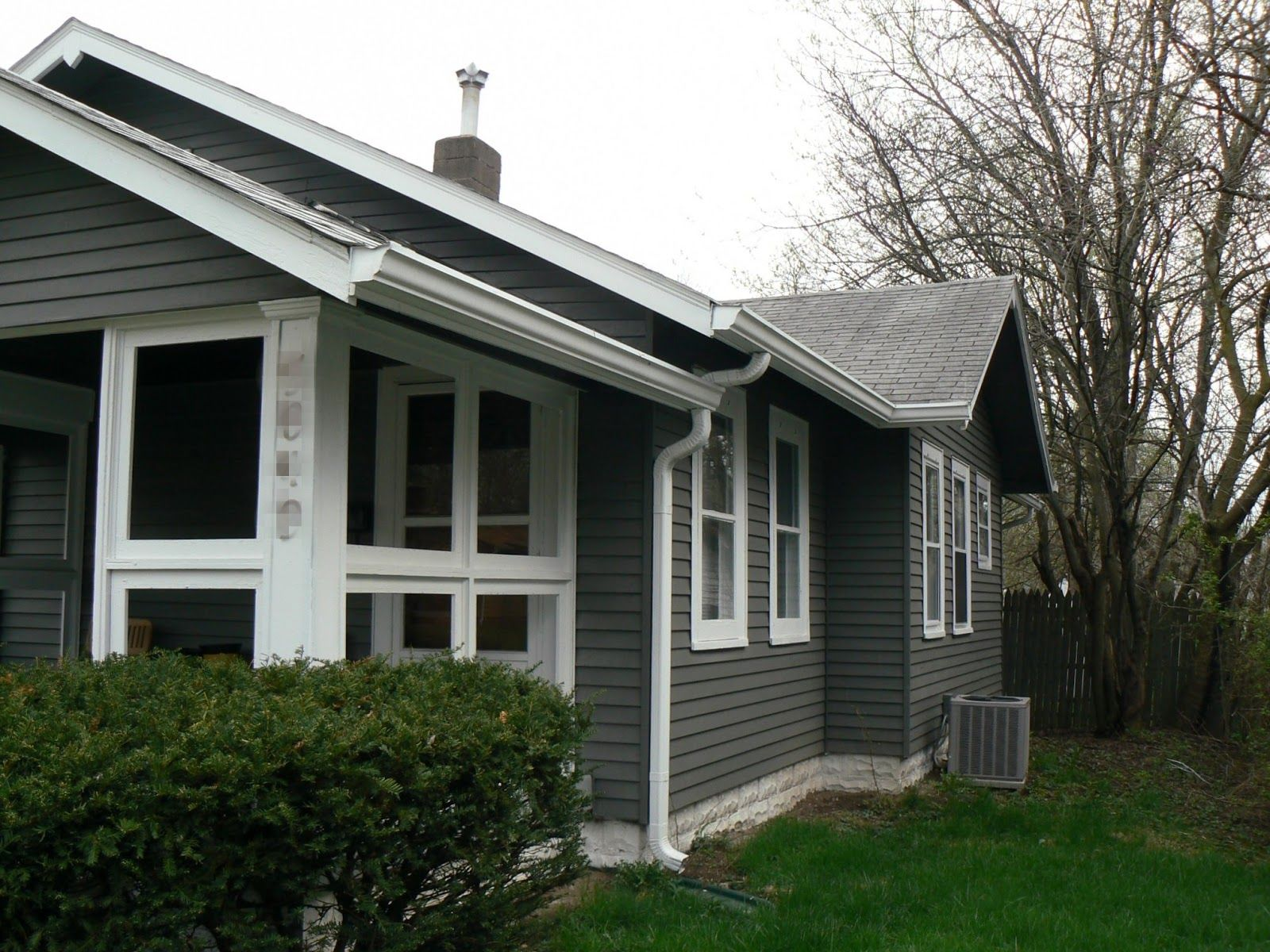 Best Dark Gray Siding With Gray Tile Roof Google Search 640 x 480