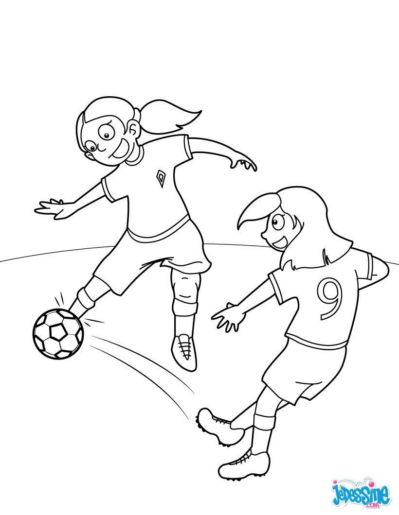 Coloriage d 39 un match de foot de fille un coloriage pour - Fille a colorier ...