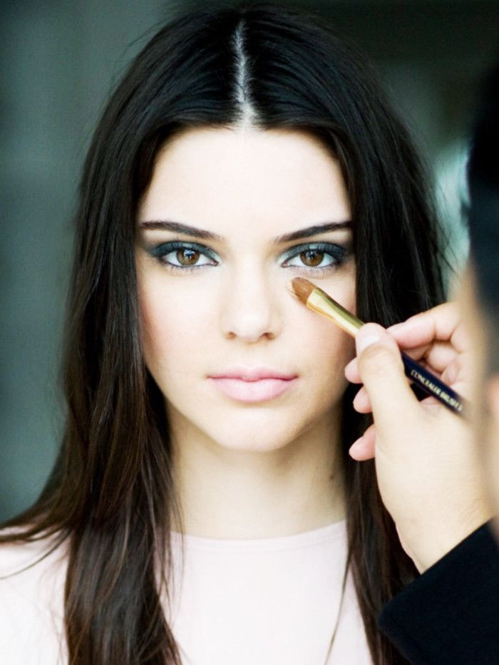 Concealer Creasing: How Makeup Artists Keep Under-eye Concealer From Creasing