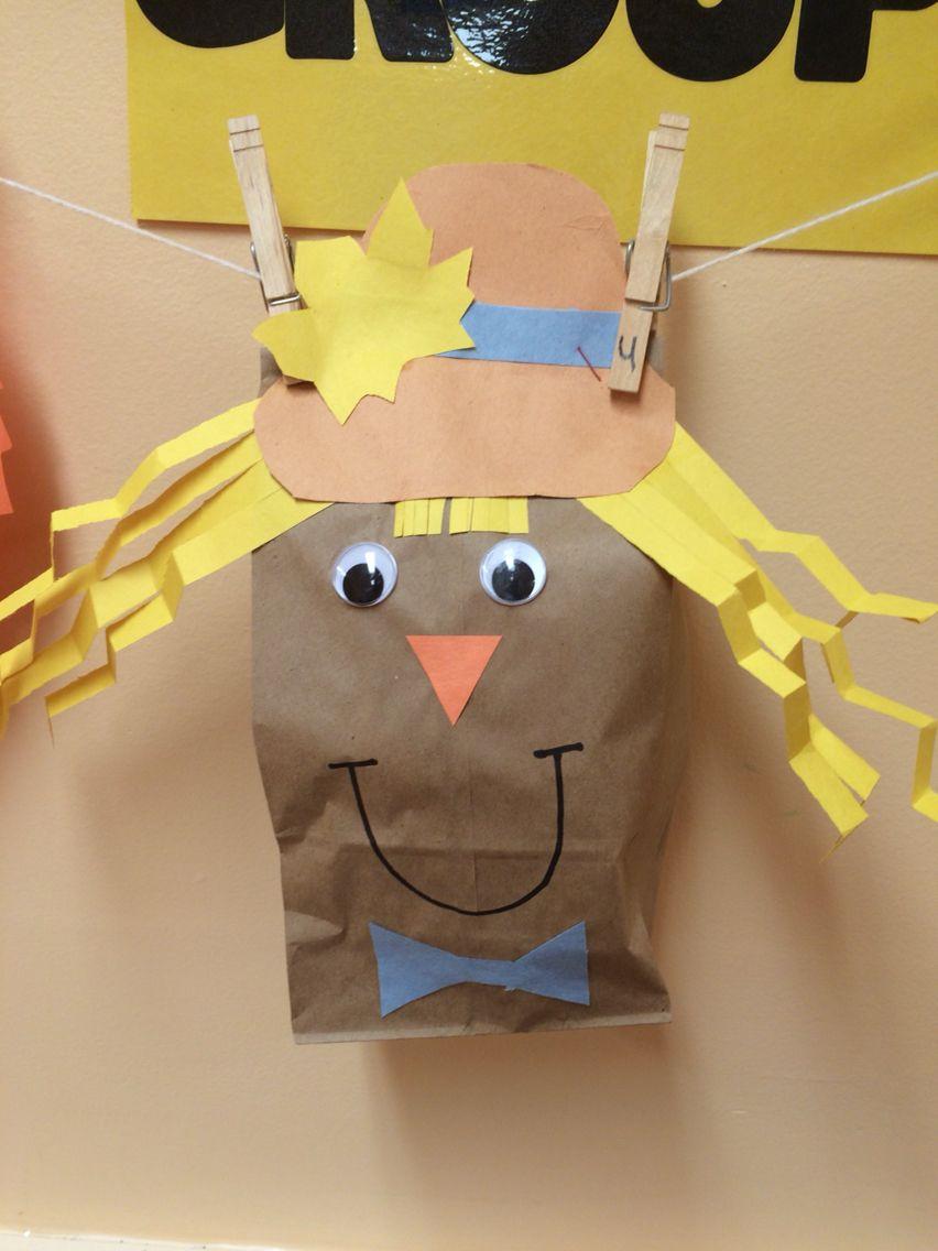 Brown bag construction paper scarecrow face