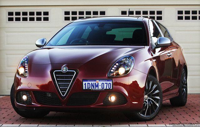 Alfa Romeo Giulietta Qv Alfa Alfa Romeo Cars Alfa Giulietta