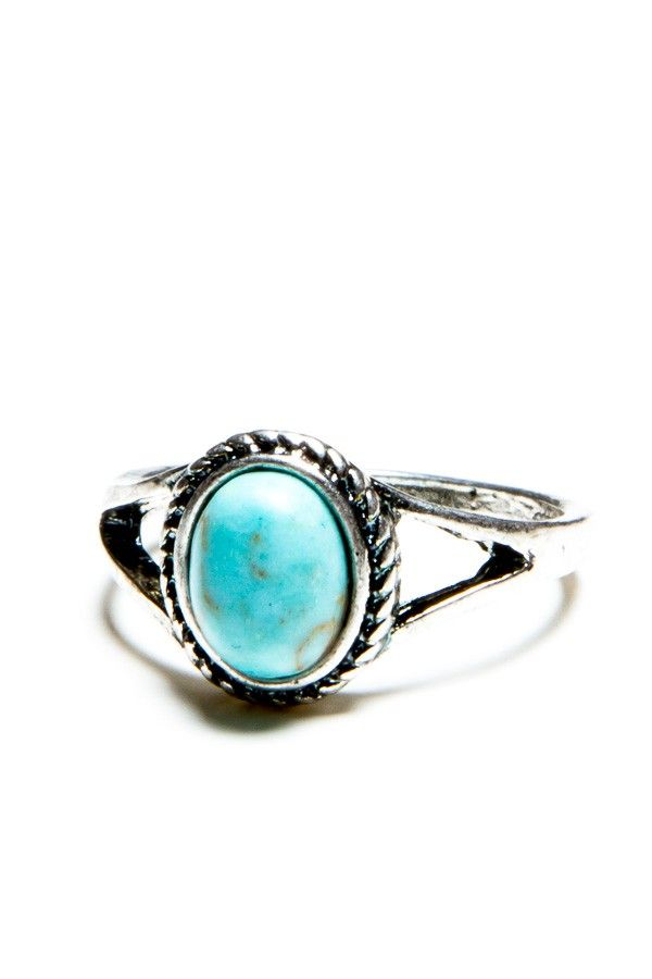 Turquoise Stone Vintage Ring #rachelsoutfit #fashion #brandymelville ...