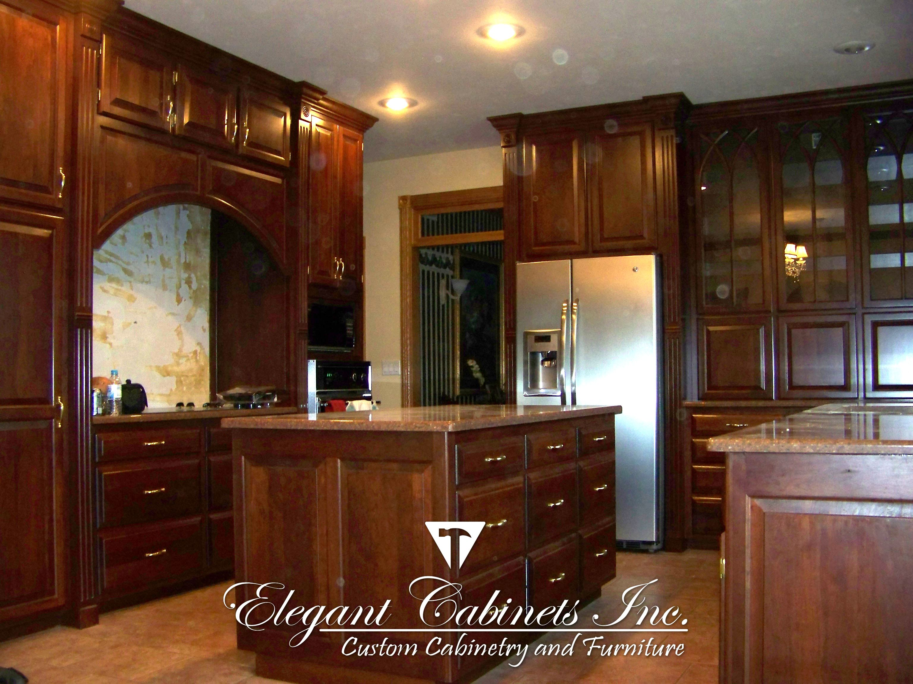 #elegant #cabinets #home #construction #cupboards #backlit #instagram #kitchen #customcabinets #Customdesigns #architecture #design #woodworking #woodwork #greenbay #chicago #nicehouse #nicehome #beautifulhomes #homestyle #interiordesign #modernstyle #lighting #doors #windows