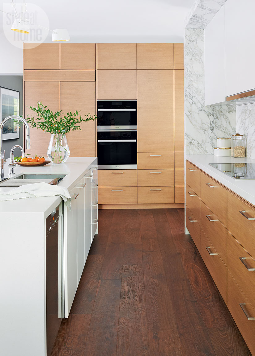 A Mid Century Modern Kitchen With A Creative Storage Solution Style At Hom In 2020 Mid Century Modern Kitchen Mid Century Modern Kitchen Design Modern Kitchen Design