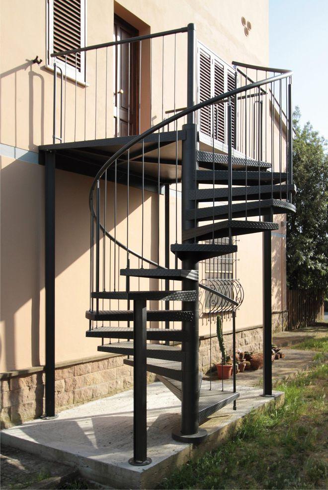Connu L'échelle européenne Un escalier exterieur en colimaçon tout acier  KO74