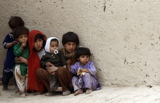 Five children a day victims of Afghan war: UN | Afghan war, Afghan, Canadian soldiers