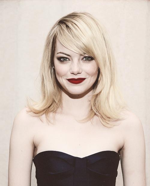 Emma Stone | 9th Annual CFDA/Vogue Fashion Fund Awards (Nov 13, 2012)