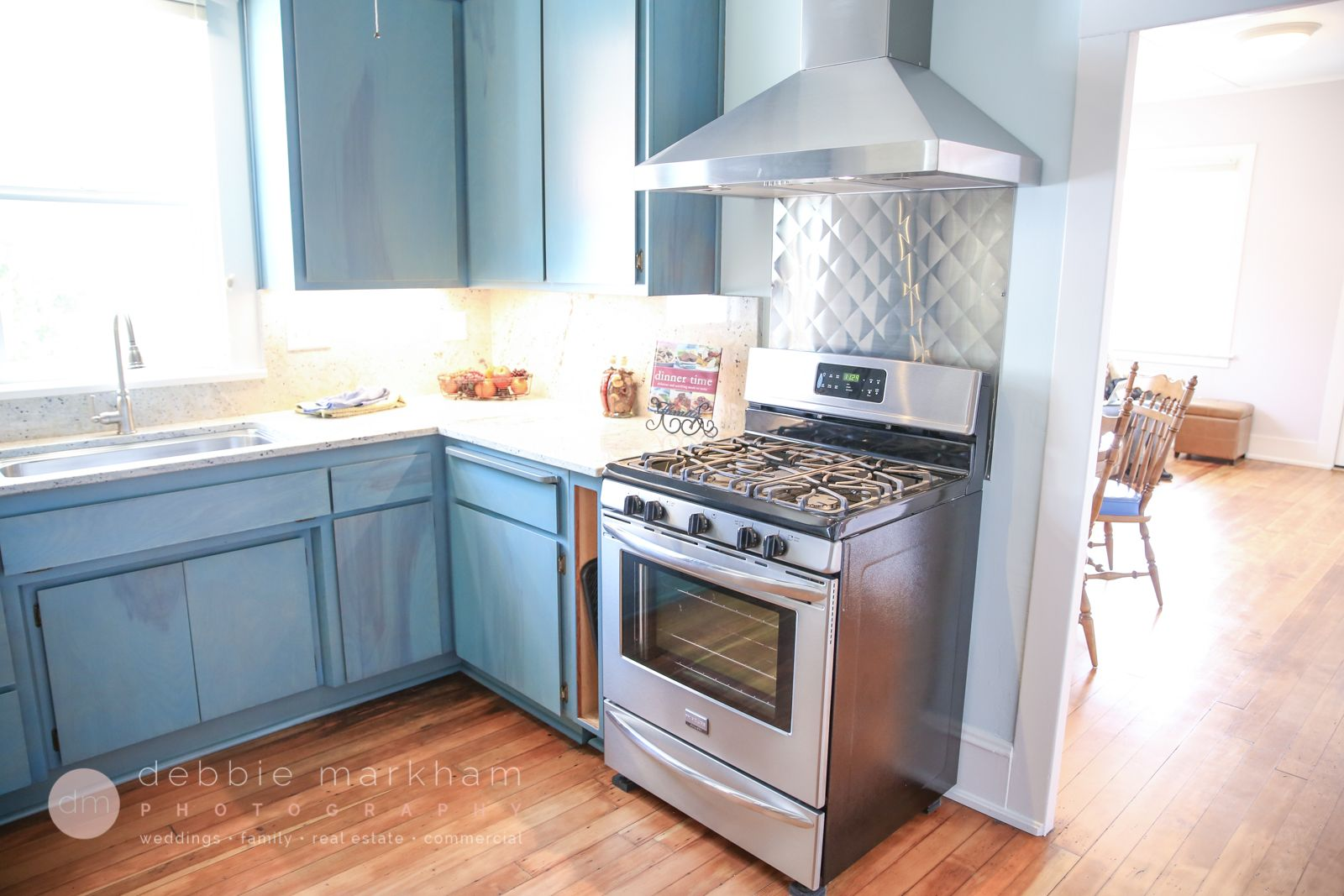 Tiffany Blue Kitchen Cabinets Pecan Wood Floor, Home for Sale. Real ...
