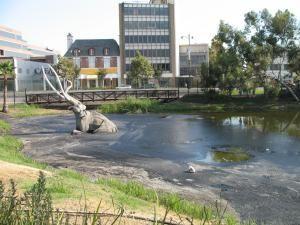 The Ancient Uses of Asphalt - 40,000 Years of Bitumen: Asphalt (Bitumen) Deposits at La Brea Tar Pits