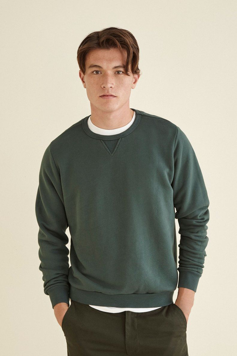 Sutro Crewneck Sweatshirt Forest Green Men Amour Vert Sweater Outfits Men Mens Casual Outfits Summer Hoodie Outfit Men [ 1186 x 791 Pixel ]