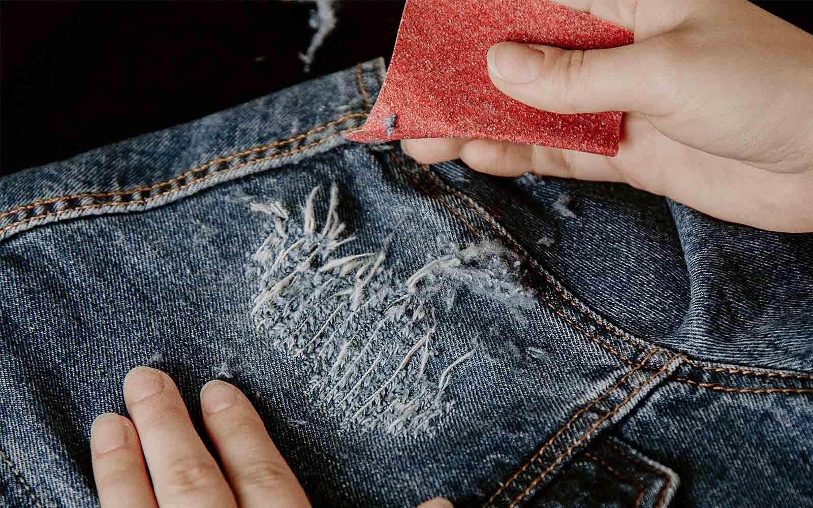 DIY: How to Distress Your Denim | Diy distressed jeans ...