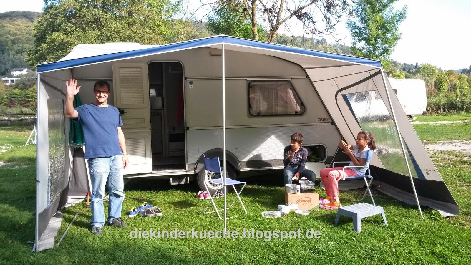 Unser kleiner Wohnwagen Die_Kinderkueche